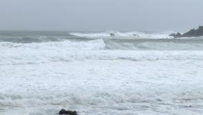 #Longford on RED Alert: Emergency services deployed as two kite-surfers stranded off Louth coast #Ophelia