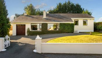 PROPERTY: Incredible home in prime location in Tullamore is on the market with eye opening price tag