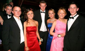 MEMORY LANE: How many familiar faces will you spot in this gallery of pics from a Grad from the Offaly archives?
