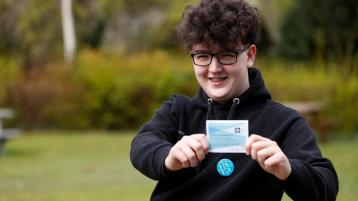 Offaly kidney transplant teenager receives second Covid vaccine