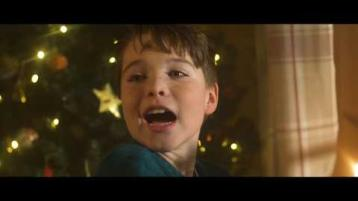 WATCH: Nathan Carter brings the festive feels with brand Christmas song