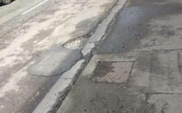 Giant pothole 'a danger to traffic' in Tullamore