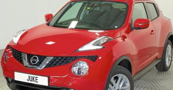 review nissan juke is much more than a novelty offaly express. Black Bedroom Furniture Sets. Home Design Ideas