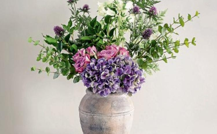 All Things Interiors: Fabulous faux flowersto enhance your home's interior