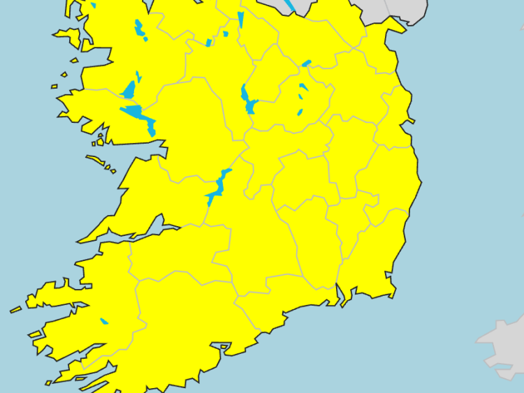 Offaly to be hit by thunderstorms amid Met Eireann weather warning