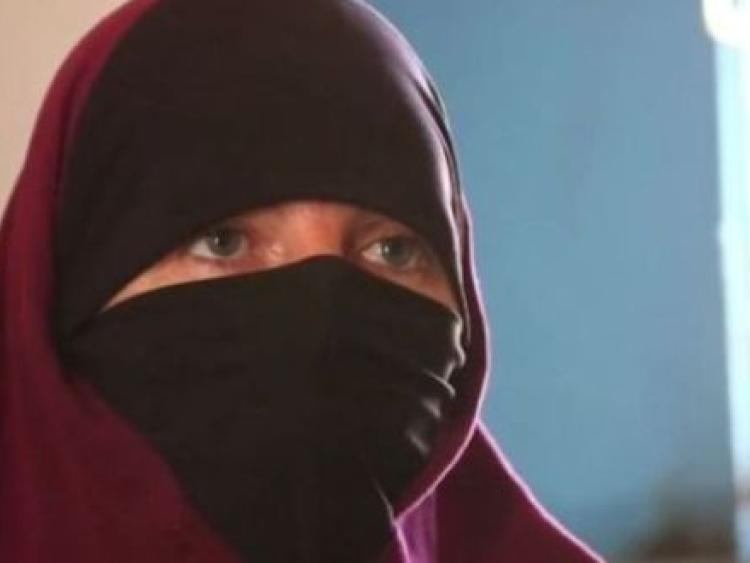 'Happy to be home' - Isil bride Lisa Smith quizzed on terror links